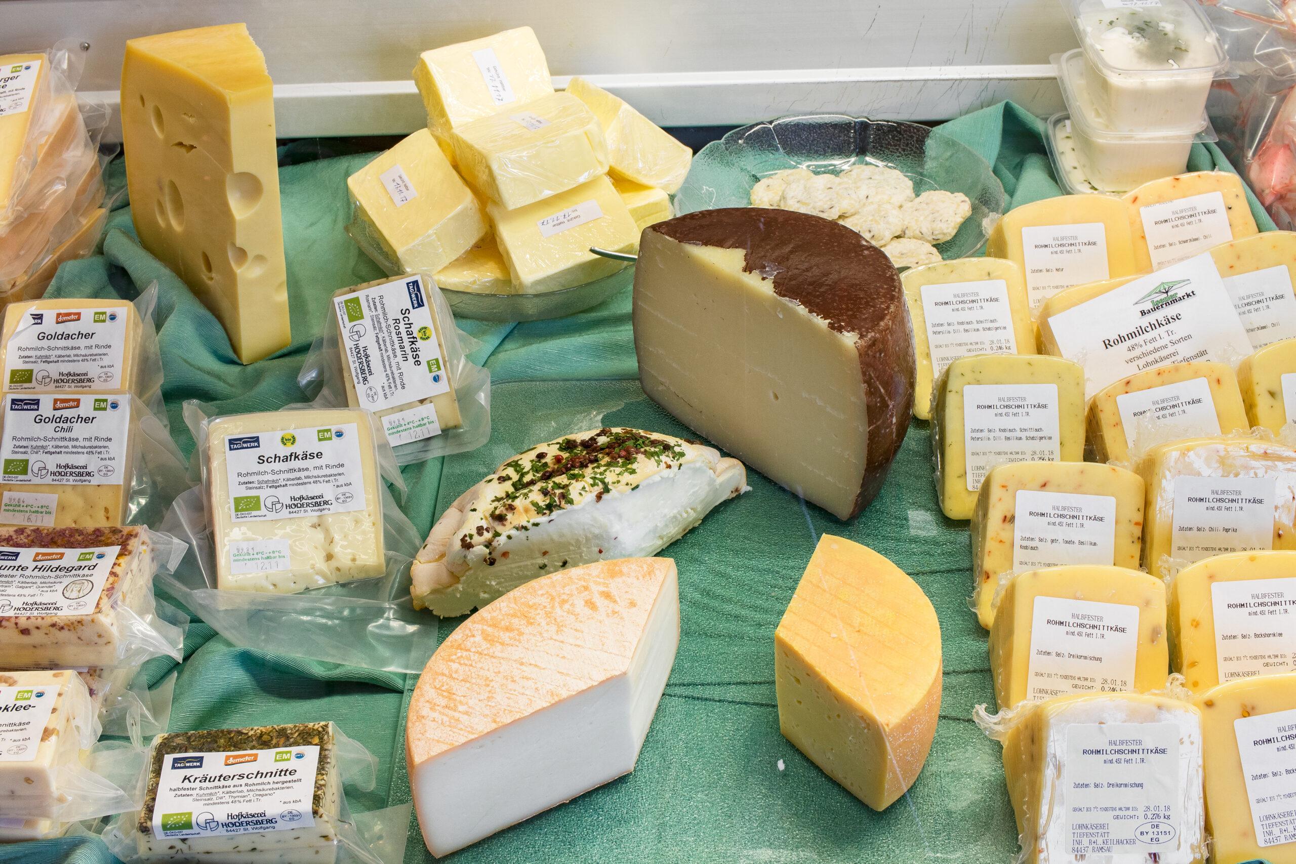 Isener Bauernmarkt Angebotsübersicht Käse